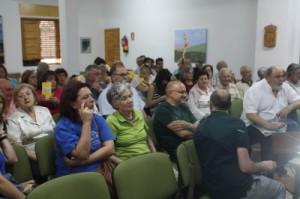 Fotografía de asistentes a la reunión de Luzón