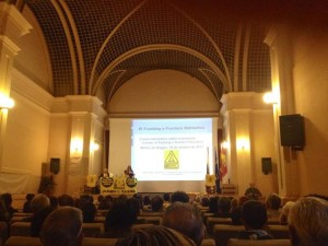 Fotografía de la conferencia contra el FRACKING en Molina de Aragón.